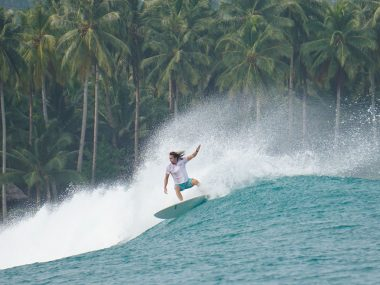 driftwood mentawai surf camp review indonesia surfing