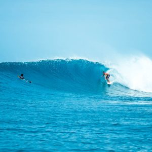 maldives surf guide surf spots charters resorts local islands