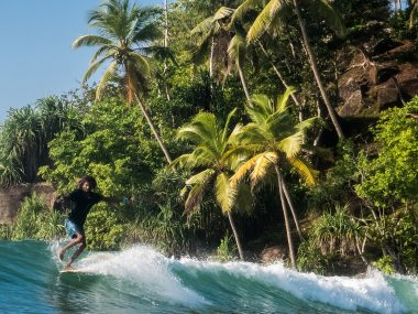sri lanka surf guide ahangama arugam bay mirissa weligama surf camp learn to surf