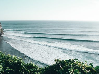 best bali surf spots uluwatu padang keramas canggu medewi