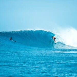sultans surf spot thulusdhoo island maldives surf guide surfing 3