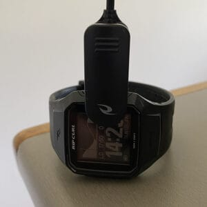 REVIEW Ripcurl Search GPS 2 Surf Watch charging