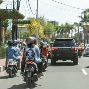 surfing uluwatu bali airport taxi moped hire