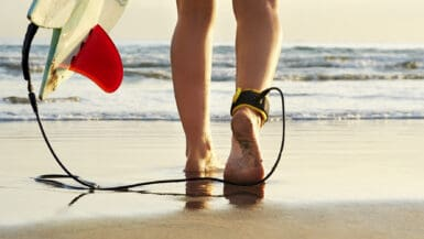 surfboard leash guide best surf leash surfing guide learn to surf